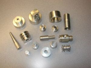 2017 High Quality CNC Precision Machining Parts with Stainless Steel pictures & photos