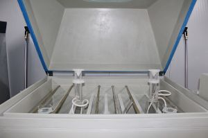 ASTM B117, DIN 50021 Salt Spraying Test Cabinet with Ce RoHS pictures & photos