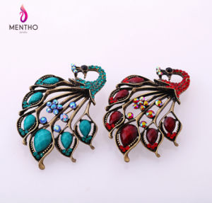 New Cheap Retro Diamond Studded Peacock Alloy Women′s Brooch 2 Colors pictures & photos