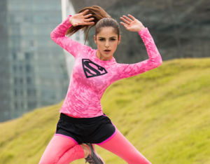 Fashion Design Superman Logo Ladies Fitness Wear Gym Sports Long Sleeves T Shirt pictures & photos