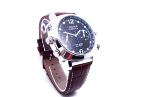 720p HD Camera Watch with Video Recorder 4GB-8GB (QT-H008) pictures & photos