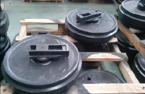 R130 Idler Assy for Excavator pictures & photos