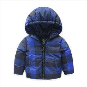 Plaid Children′s Cotton Coat for Boy Clothes pictures & photos
