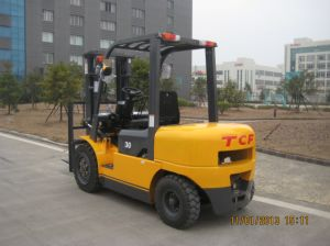 3.0ton Tcf Diesel Forklift with Isuzu Engine pictures & photos