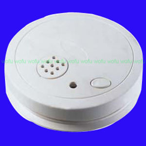 CE and RoHS Certificate Standalone Smoke Detector pictures & photos