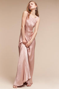Hot Style Under-Bust Seams and Flattering Boat Neck Evening Dress pictures & photos