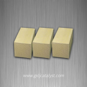 Ceramic Honeycomb Catalyst Carrier (SCR catalyst for Industrial) pictures & photos