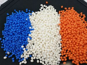 RP3036 Factory Thermoplastic Rubber Product TPR Rubber pictures & photos