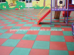 Children Rubber Flooring, Fire-Resistant Rubber Flooring, Gymnasium Flooring pictures & photos