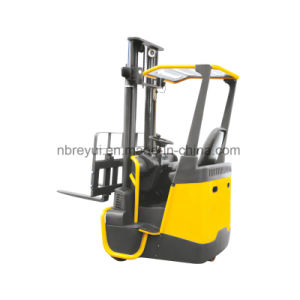 4-Directional Forklift with Dual Motor Drive and Dual Steering System pictures & photos