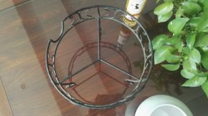 Iron Handicraft-Stand for Red Wine pictures & photos