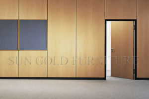 High End Panel Board Wood Wall Partition (SZ-WS152) pictures & photos