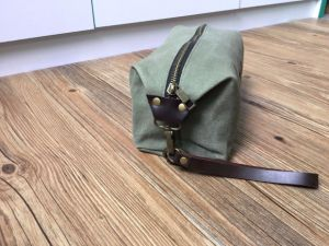 Leather Canvas Cosmetic Bag Wholesale pictures & photos