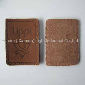 Customzied High Quality Garment Cowhide Label / Cowhide Patch pictures & photos