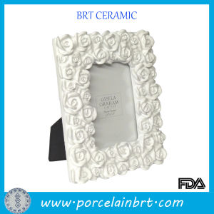 Rose Surround Ceramic Photo Frame pictures & photos