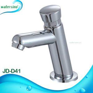 Public Bathroom Water Saving Brass Carteridge Time Delay Faucet pictures & photos