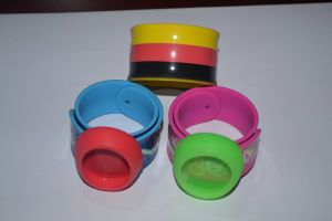 Customized Made Anti-Mosquito Silicone Bracelet pictures & photos