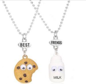 Children′s Cuddly Milk Biscuit Activity Eye Bf Necklace Best Friends pictures & photos
