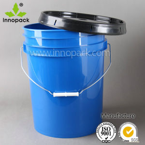 5 Gallon Plastic Cement Bucket with Handle, Lid and Spout pictures & photos