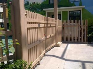 Outdoor Good Quality Composite WPC Garden Fencing From China pictures & photos