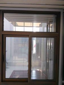 Y2ks Aluminium Sliding Window pictures & photos