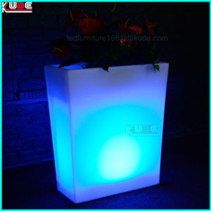 LED Wedding Furnitures and Decorations Plastic Vases with LED pictures & photos