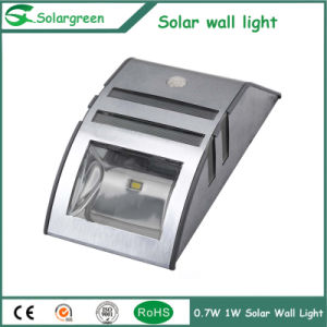 0.6W Stainless Cover Waterproof High Quality Outdoor Solar Wall Lamp pictures & photos