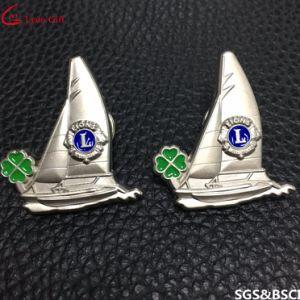 Wholesale Promotion Ribbon Gold Badge Lapel Pins pictures & photos