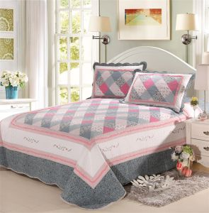 Most Popular Pure Cotton Home Bedding Sets Printing Plaid Quilts pictures & photos