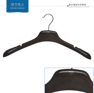 Mens Top Coat Clothes Hanger with Anti-Slip Sticker on Shoulder pictures & photos