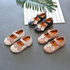 Sweet Princess Girls Single Shoes with Small Flowers Kids School Walking Shoes pictures & photos