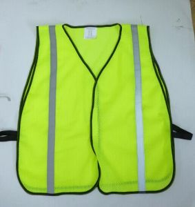 "High Visibility Reflective Vest with Hook & Loop Closure and 1"" Reflective Tape pictures & photos"