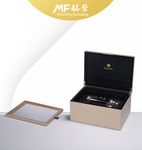 Customized Luxury PU Varnished Wooden Gift Package Box pictures & photos