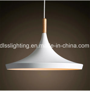 Hot Sale Modern Wood&Aluminium Pendant Lamp for Living Room Lighting pictures & photos