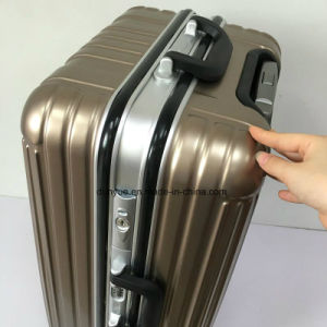 "Factory Make 20"", 24"", 28"" Aluminum Frame Portable Suitcase, Promotion PC Material Travel Luggage Bag with Wheels pictures & photos"
