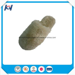 New Arrival Soft Warm Wholesale Fluffly Slippers for Women pictures & photos