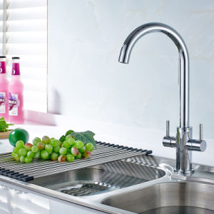 Flg Double Handle Water Mixer Tap for Kitchen Sink pictures & photos