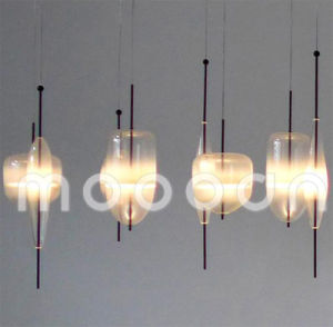 Modern Concise Style Interior Decorative Hand Blown Art Glass Pendant Light for Dining Room pictures & photos