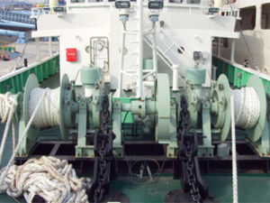 Anchor Windlass pictures & photos