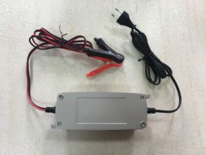 New Style of LCD Display Car Battery Charger pictures & photos