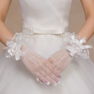 Aoliweiya Wedding Accessories Bridal Glove pictures & photos