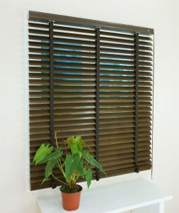Manufacturer Good Quality ISO9001 Basswood Blinds for Home Decoration pictures & photos
