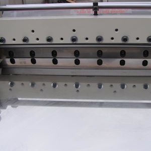 High Precision Conductive Fabric Cutter Machine pictures & photos