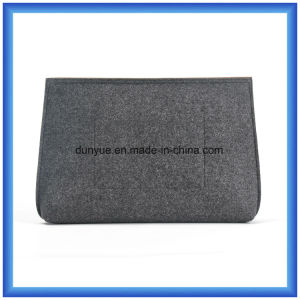 Young Design Wool Felt Portable Handbag, Customized Promotion Gift Laptop Briefcase with Zipper pictures & photos
