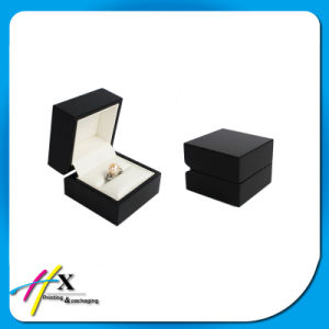 Wholesale High Glossy Black Lacquer Wooden Jewelry/Tea Velvet Ring Box pictures & photos