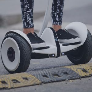 Xiaomi Minirobot Smart Electric Hoverboard Factory pictures & photos