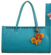 Retro Flowers Pendant and Candy Color Design Tote Bag (BDMC012) pictures & photos