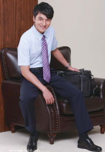 Men's Office Uniform (YOL-MU1410A) pictures & photos