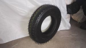 High Contain Natural Rubber Tire with Tube pictures & photos