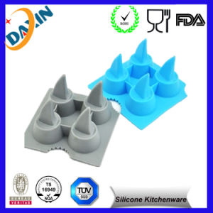 Shark Shape Silicone Ice Cube Mold pictures & photos